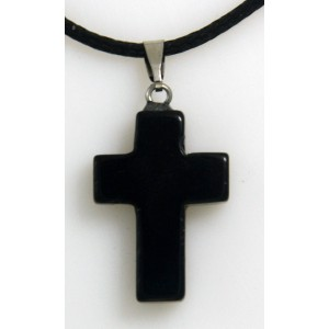 Cruz de piedra de ónix negra
